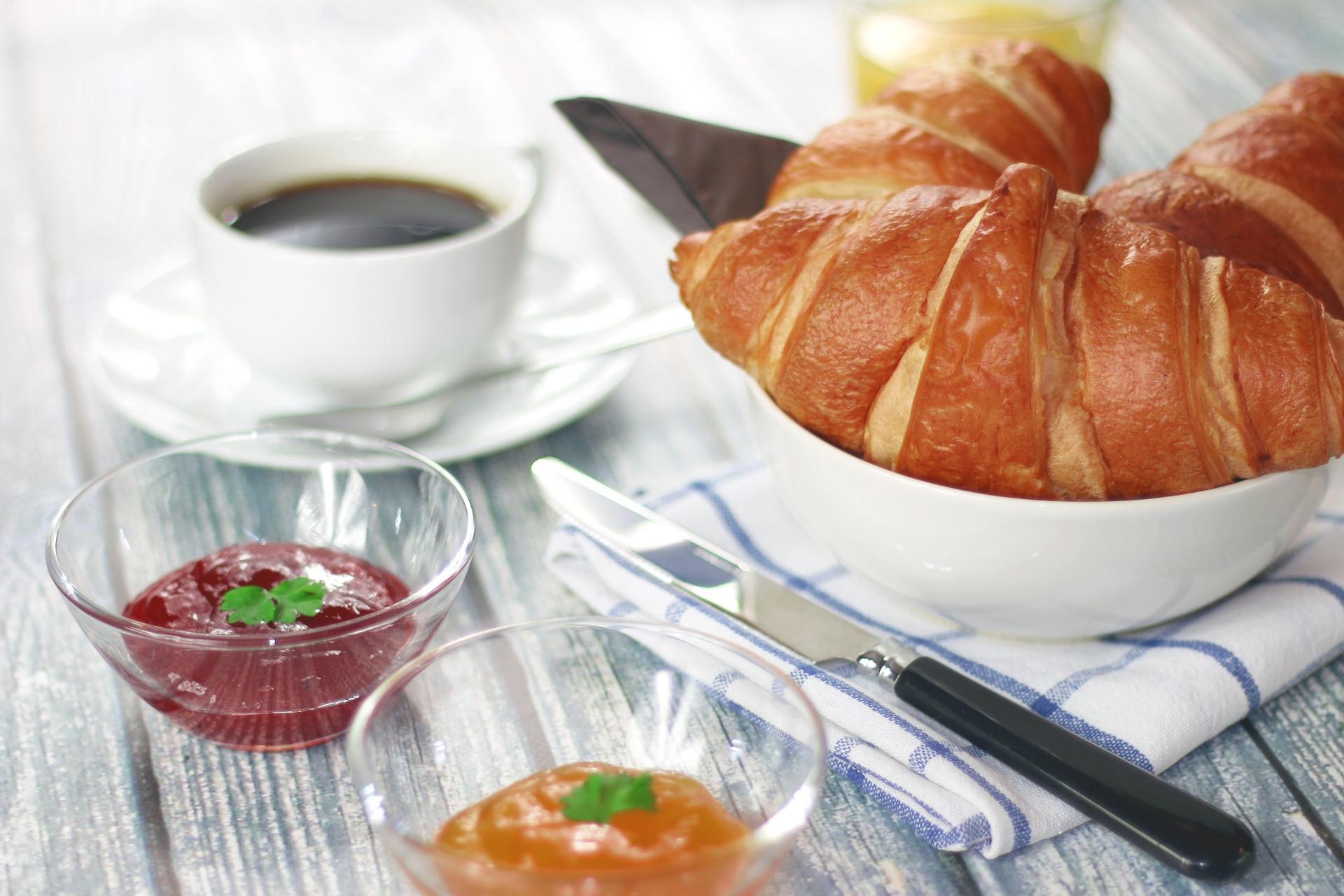 Petit déjeuner chambre d'hôte Isle sur la Sorgue